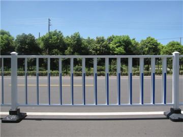 道路交通护栏网